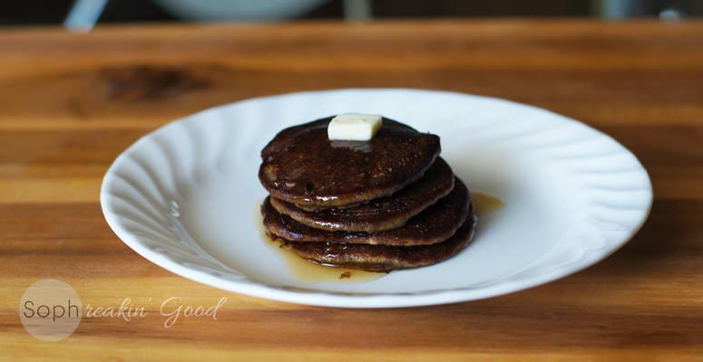 Grain Free Dark Chocolate Banana Pancakes